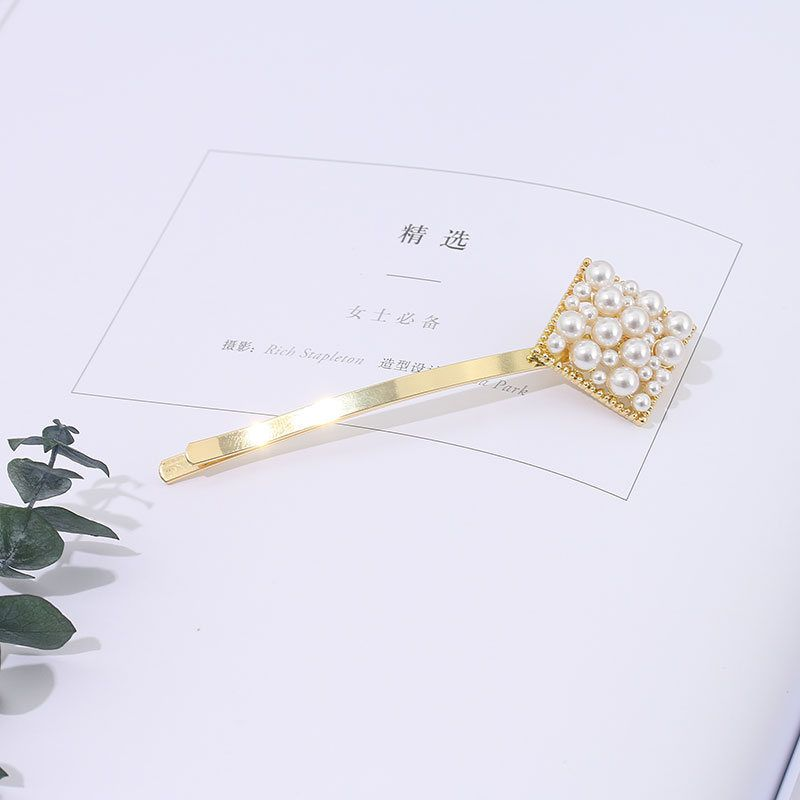 Classic Style Rhombic Pearls Hair Clip