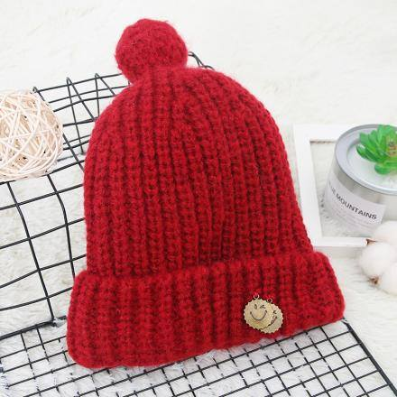 Simple Knit Hat with Pendant-Red