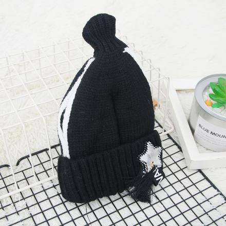 Star Webbing Knit Hat for Children