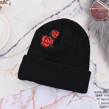[XVSPH01661] Fashion Rose Knit Hat (Black)