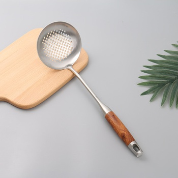 [XVHIKS01177] 304 Stainless Steel Skimmer Ladle with Wooden Handle