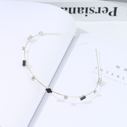 Black Four-Leaf Clover Thin Hairband