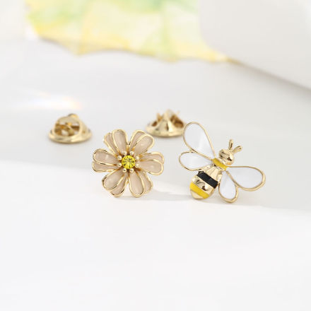 [XVFAMC00388] Bee And Flower Brooch Set